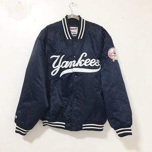 Used / authentic Yankees majestic bomber jacket